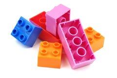 Stuk speelgoed kleurrijke plastic blokken Stock Foto