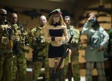 Stuk speelgoed man en vrouwen miniatuur realistisch stock fotografie