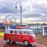 Stuk speelgoed minibus Stock Foto's