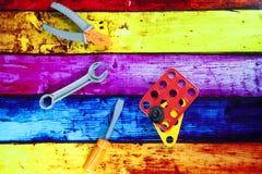 Stuk speelgoed reparatiehulpmiddelen Royalty-vrije Stock Afbeeldingen
