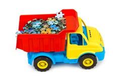 Stuk speelgoed vrachtwagen met raadsel Royalty-vrije Stock Afbeelding