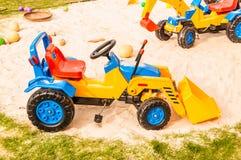 Stuk speelgoed vrachtwagens Stock Afbeeldingen
