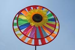 Stuk speelgoed windmolen Stock Afbeeldingen