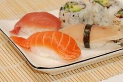 Stuk sushi - close-up Royalty-vrije Stock Afbeeldingen