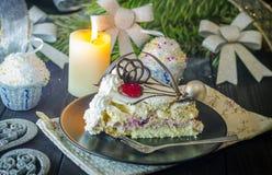 Stuk van cake in het nieuwe jaar Stock Foto's