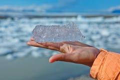 Stuk van ijs. Jokulsarlon een meer in IJsland Royalty-vrije Stock Foto