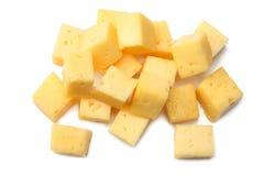 Stuk van kaas dat op witte achtergrond wordt geïsoleerd? Hoogste mening stock fotografie