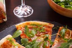 Stuk van Pizza royalty-vrije stock afbeeldingen