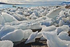 Stukken van ijs royalty-vrije stock afbeelding