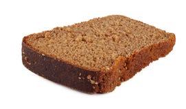 Stukken van zwart brood met zaden Stock Foto's