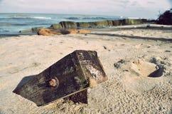 Stumpf auf dem Strand Lizenzfreies Stockbild