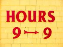 Stunden neun bis neun Stockfotos