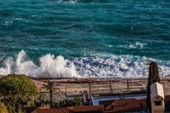 Stunnig波浪在海 库存照片