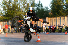Stunt biker on the outside Stock Images