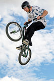 Stunt cyclist Royalty Free Stock Photography