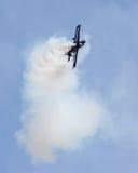 Stuntvliegtuig die bij 2015 MCB Airshow presteren Royalty-vrije Stock Fotografie