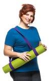 Stuoia di trasporto di yoga della donna Curvy Immagine Stock Libera da Diritti