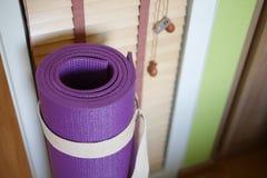 Stuoia di yoga Fotografia Stock Libera da Diritti