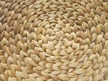 Stuoia a spirale fatta del giacinto d'acqua Fotografie Stock