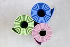 Stuoie di yoga Fotografia Stock