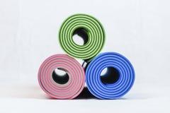Stuoie di yoga Immagine Stock Libera da Diritti