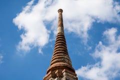 stupa上面在阿尤特拉利夫雷斯,泰国 库存图片