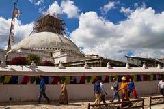 Stupa修理, Boudhanath寺庙,加德满都,尼泊尔 库存照片