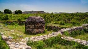 stupa的看法在塔克西拉破坏巴基斯坦 免版税库存图片