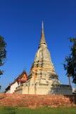 Stupa και ναός στο σπρώξιμο Wat που κάθεται Στοκ φωτογραφία με δικαίωμα ελεύθερης χρήσης