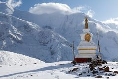 Stupa σε Kicho Tal, κύκλωμα Annapurna, Manang, Νεπάλ στοκ εικόνα