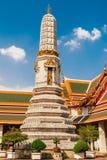 Stupa στο ναό Wat Phra Kaew, Ταϊλάνδη Στοκ Φωτογραφία