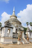 Stupa на Wat Phra Ngam Стоковые Фотографии RF