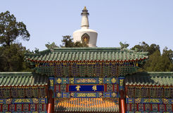 stupa парка строба облака фарфора Пекин beihai Стоковые Изображения RF