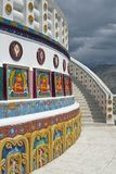 Stupa adornado Imagenes de archivo