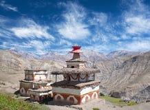 Stupa antiguo del Bon en el pueblo de Saldang, Dolpo, Nepal fotografía de archivo libre de regalías