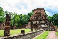Stupa antiguo del brote del loto Imágenes de archivo libres de regalías