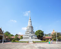 Stupa argenté dans la pagoda argentée, Royal Palace Cambodge, Phnom Penh, Cambodge Photo libre de droits
