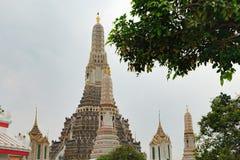 Stupa av Wat Arun i Bangkok, Thailand Royaltyfri Bild