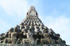 Stupa avec le démon Image stock