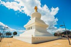Stupa in Benalmadena, Spanien lizenzfreies stockfoto