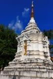 Stupa bianco nello stile nordico Tailandia fotografia stock libera da diritti