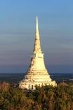Stupa blanco Imágenes de archivo libres de regalías