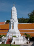Stupa chez Wat Mahathat à Bangkok, Thaïlande Image stock