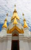 Stupa chez Wat Tham Khuha Sawan photographie stock libre de droits