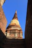 Stupa chez Wat Yai Chaimongkol Photo libre de droits