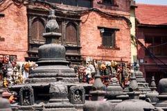 Stupa dans le temple de singe à Katmandou images stock