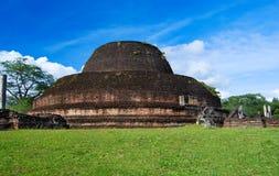 Stupa de Pabulu Vihara em Polonnaruwa, Sri Lanka foto de stock royalty free