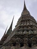 Stupa del mosaico a Wat Pho, tempio in Tailandia Immagini Stock Libere da Diritti