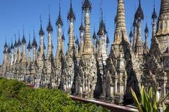 Stupa del templo de Kakku - Shan State - Myanmar Imagen de archivo libre de regalías