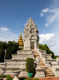 Stupa door Royal Palace Kambodja Royalty-vrije Stock Foto's